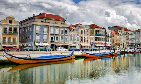 Portugalski web stranica za upoznavanje uk
